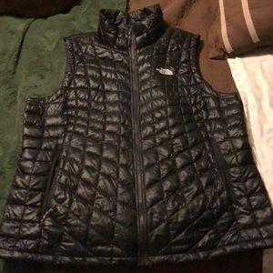 Black Northface Vest